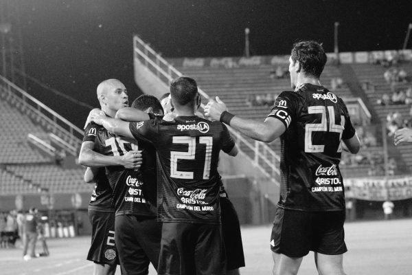 2018 11 24 - Fecha 16 - vs Libertad (3)